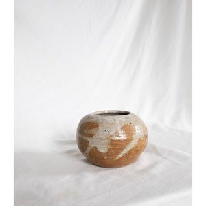 Accents - earthy ceramic planter